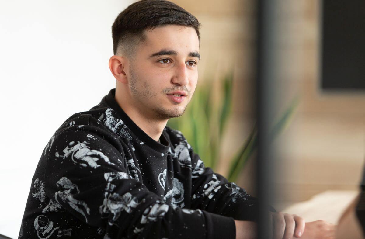 Microsoft Teams w JKB Group - wywiad z Marcinem Chutkowskim, młodszym specjalistą ds. IT